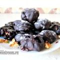 Чорнослив у шоколаді з горіхами - домашні цукерки: рецепт з фото