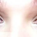 Денний макіяж для блакитних очей: покроковий урок з фото