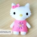 Іграшка хеллоу кітті (hello kitty) з фетру своїми руками