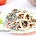 Салат з кальмара і морської капусти: рецепт з фото