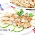 Шашлик із курячого філе на шпажках в імбирно-соєвому маринаді: рецепт з фото