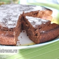Шоколадно-медова пряник з кизилом: пісний рецепт