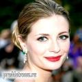 Make-up осінь 2009: червона помада знову на піку моди!