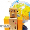Робот: дитяча саморобка зі сміття