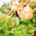 Салат цезар з креветками: швидкий рецепт