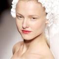 Весільні зачіски: квіткові фантазії