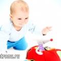 Перші іграшки новонародженого, якими вони повинні бути